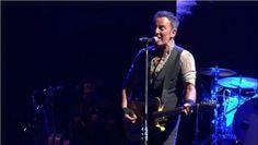"""""""Nós somos a nova resistência americana"""", diz Bruce Springsteen em show na Austrália #Band, #Cantor, #Flashback, #M, #Mulheres, #Mundo, #Música, #Noticias, #Nova, #Rock, #Show, #Youtube http://popzone.tv/2017/01/nos-somos-a-nova-resistencia-americana-diz-bruce-springsteen-em-show-na-australia.html"""