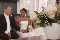 trouwfoto kerk - Google zoeken Wedding Dresses, Google, Bride Dresses, Bridal Gowns, Alon Livne Wedding Dresses, Wedding Gowns, Wedding Dress, Wedding Dressses, Bridal Dresses