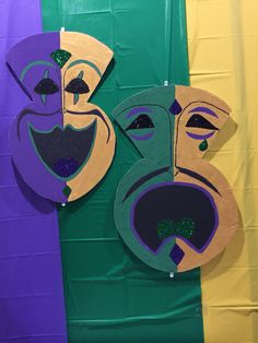 XL Happy/Sad Face Mardi Gras Masks
