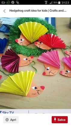 free hedgehog craft idea for kids - Fall Crafts For Toddlers Kids Crafts, Fall Crafts For Toddlers, Toddler Crafts, Preschool Crafts, Diy For Kids, Easy Crafts, Diy And Crafts, Craft Projects, Arts And Crafts