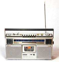 Retro Sony Boombox Ghetto Blaster AM/FM Cassette Player