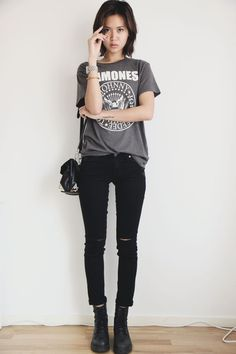 Rock 'n' Roll Style ★ Miuccia In Simple Rock Chick Look with tee shirt Ramones ! <3