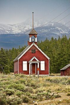 """Little Red Schoolhouse--In the """"Olden Days""""! This looks so much like the schoolhouse my mom used to go to as a little girl in Canada."""