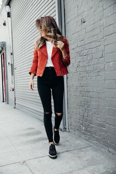 Fall Looks :      Picture    Description  fall outfit idea: denim, colored suede jacket, and platforms    - #Fall https://looks.tn/season/fall/fall-looks-fall-outfit-idea-denim-colored-suede-jacket-and-platforms/