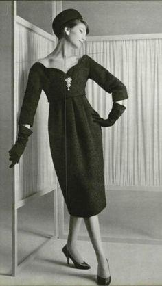 1958 fashion by Chrstian Dior