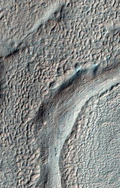 Cracked Terrain in Argyre Basin - The cracks could possibly have spacing between 20 to 50 meters. Might they be clay-rich? http://uahirise.org/ESP_028922_1425
