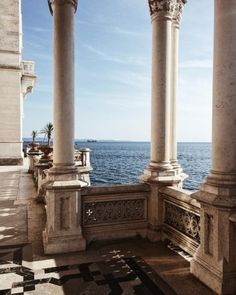 Miramare Schloss, Friuli-Venezia Giulia, Italien – Wanderlust – You are in the right place about Places To Travel, Travel Destinations, Places To Go, Travel Deals, Beautiful Architecture, Art And Architecture, Classical Architecture, Education Architecture, Holland Strand