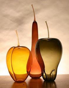 ...frutas de vidrio soplado de Anthony Biancaniello