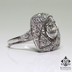 Antique Art Deco Platinum 1ctw Diamond Ring