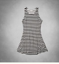 Cute summer dress for your dinner night