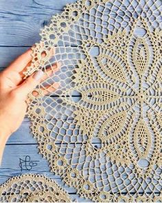 Crochet Doilies, Embroidery, Quilts, Knitting, Mini, Creative, Needlecrafts, Crocheting, Linen Tablecloth