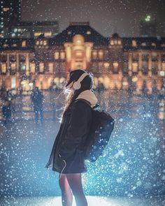 Japan 『near future』 ・ 近未来感。ちょっと現実離… – Anime Center Kawaii Anime Girl, Anime Art Girl, Anime Girl Drawings, Animes Wallpapers, Cute Wallpapers, Girl Cartoon, Cartoon Art, Aesthetic Art, Aesthetic Anime