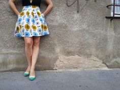 """Biobavlna - sukně s kapsami """"be original"""" Sukně je vyrobena s vysoce kvalitní dizajnerské zahraniční organické bavlny. Originální střih se širokým pasem a kapsami."""