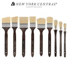 New York Central Gigante Bristle Brushes - Large Scale Painting Brushes Large Painting, Artist Painting, Professional Art Supplies, Large Scale Art, New York Central, Brush Cleaner, Drawing Tools, Paint Brushes, School Supplies