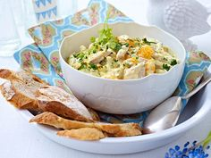 Curry-Geflügel-Salat mit Mandarinen Rezept | LECKER