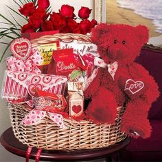 Valentine's Day Gifts: Making a Personalized Gift Basket | Gift ...