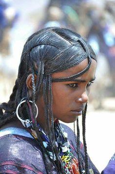 Beautiful Women of West Africa Beautiful Dark Skinned Women, Beautiful Black Women, Beautiful People, African Hairstyles, Afro Hairstyles, African Beauty, African Women, African Girl, Make Carnaval