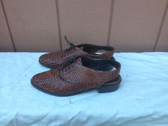 Cole Haan womens Brown leather woven Sling Back Close Toe sandals Size 8  #ColeHaan #Slingbacks #Casual
