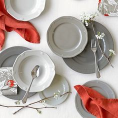 I just saw these in person today...they are so pretty <3 Eclectique Dinnerware Place Setting, Grey #williamssonoma