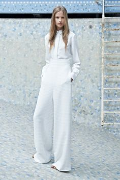 Chloé Resort 2014 Fashion Show - Elisabeth Erm Fashion Week, Look Fashion, Runway Fashion, Fashion Show, Fashion Trends, Fashion 2014, Review Fashion, Tomboy Fashion, Womens Fashion