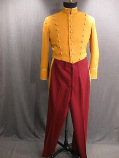 Quince  09007636 09009561 Bellhop Suit yellow burgundy, 44L W37.JPG