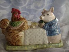 FITZ & FLOYD COVERED BUTTER DISH  PIG ROOSTER
