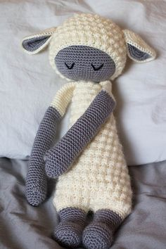 LUPO the lamb made by Katie J. / crochet pattern by lalylala