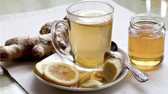 Anti-Inflammatory Ginger Root Tea: Drink this tea to ease gut inflammation and boost your liver health. Pour 1 C Boiling Water over: inch slice Ginger Root 1 Juiced Lemon Wedge 3 Mint Leaves 1 serving-Enjoy! Heal Sore Throat, Throat Pain, Ginger Root Tea, Ginger Beer, Ginger Juice, Ginger Drink, Ginger Water Benefits, Grog, Chronischer Stress