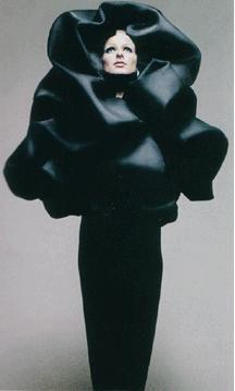 Google Image Result for http://www.fashionfixxation.com/wp-content/uploads/2011/05/balenciaga_original_1-jpg.jpeg