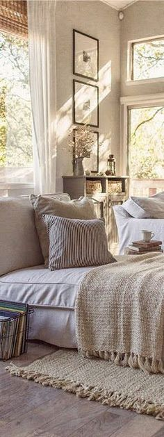 Neutral colors, natural textures.....equals casual style for comfort and relaxation.....when everything is close to the same color, everything goes together!!