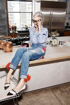 Bastoni di fashion : Linda Rodin, a 66 year old model and fashion designer.