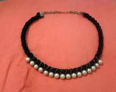 necklace knot of pearls