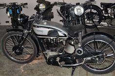 Vintage Norton Motorcycles: Model 40