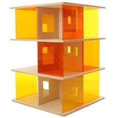Das momoll Puppenhaus ist eines unserer Lieblingsgeschenke für Kinder, mit dem auch Erwachsene gerne spielen.