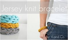 jersey knit bracelet - love how it looks! too bad i don't really get the finger knitting directions. Jersey Knit Bracelet, T Shirt Bracelet, Diy Bracelet, Bracelet Making, Braclets Diy, Knitted Bracelet, T Shirt Recycle, Homemade Gifts, Diy Gifts