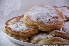Racuchy z jabłkami (Polish apple pancakes). Hopefully these will mimic the ones our family friend's grandmother used to make. But nothing could ever compare to her Polish cooking! Breakfast Dishes, Breakfast Time, Breakfast Recipes, Waffle Recipes, Brunch Recipes, Polish Recipes, Polish Food, Good Food, Yummy Food