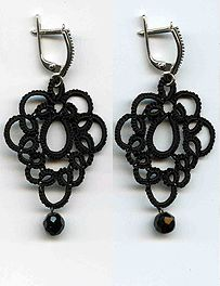 """Lace necklace, collars - frivolite:: A lace """"frivolite"""" of Elena Ignatova, master of folk creation, Ukraine, Kharkov :: Jewellery knot shuttle lace of frivolite (schiffchenspiize), ear-rings, bangles, necklace, natural stone and skin with a lace, style """"The Gothic Black-art"""""""