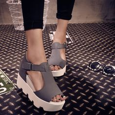 new 2015 summer T-strap Fashion Women Shoes PU Leather Gladiator Sandals Women Platform Wedges Shoes TW09