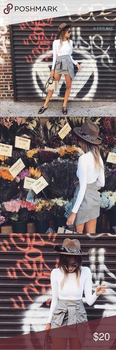 ZARA PLAID GREY SKIRT W TIE ZARA PLAID GREY SKIRT W TIE Zara Skirts Mini