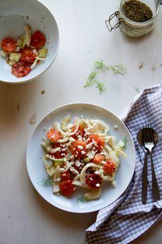 Ensalada de hinojo y naranja roja | Pimienta y Purpurina Risotto, Queso Feta, Bruschetta, Ethnic Recipes, Blog, Gratin, Fennel Salad, Juices, Salads