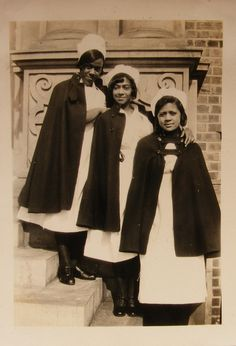 100 Years of African American vintage photography from the end of slavery in the to the Black Power Movement of the and beyond. Vintage Nurse, Oldschool, African Diaspora, My Black Is Beautiful, Beautiful Women, Medical History, Before Us, African American History, Nursing