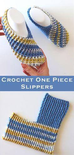 Crochet Easy One Piece Slippers Easy Crochet Slippers, Knit Slippers Free Pattern, Crochet Slipper Pattern, Crochet Shoes, Cute Crochet, Knit Crochet, Crochet Flip Flops, Crochet One Piece, Shoe Pattern