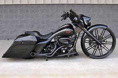 Harley-Davidson : Touring 2010 street glide bagger 1 of a kind 30 wheel over