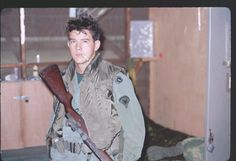 My dad - Vietnam 1968 Vietnam War Photos, Vietnam Vets, American War, American Soldiers, Photo Music Video, Army & Navy, Photo Essay, Wwi, Cool Photos