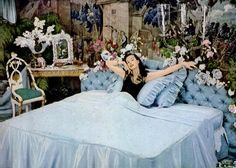Pearl of the harem 1950s Bedroom, Bedroom Vintage, Teen Bedroom, Simmons Beautyrest, Pink Houses, Pictures Of People, Real Housewives, Cartoon Art, Mattresses
