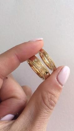 Couples Olive Branch Diamond Wedding Rings. Available in mens 5.5mm and womens 3mm. 14K white, yellow, rose gold or platinum. Hippie Wedding Ring, Diamond Wedding Rings, Wedding Jewelry, Wedding Bands, Engagement Rings Couple, Gold Ring Designs, Matching Rings, Dream Ring, Promise Rings