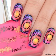 Gradient and stamping Stamping plate FUN17 @faburnails . El Corazon No144, No141, No147 & No146 @el_corazon_art_direct . Kaleidoscope special paint for stamping nail art No st-01 (black) @el_corazon_shop