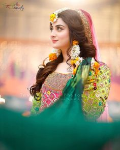 Image may contain: 1 person Pakistani Mehndi Dress, Pakistani Bridal Makeup, Bridal Mehndi Dresses, Pakistani Wedding Outfits, Indian Bridal Fashion, Bridal Dress Design, Pakistani Wedding Dresses, Bridal Outfits, Bridal Style