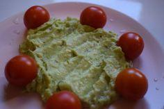 Gustare raw-vegana de impresionat musafirii :) Guacamole gata in 10 minute! Guacamole, Mexican, Ethnic Recipes, Food, Baby, Essen, Meals, Baby Humor, Infant