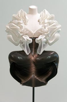 "3D printed dress with complex sculpted structure - cutting edge fashion design; wearable sculpture // ""Escapism,"" Iris van Herpen"